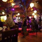 Zappaz Bar & Restaurant