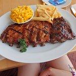ภาพถ่ายของ Tony Roma's - Ribs, Seafood & Steaks