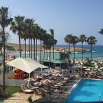 Photo de Pavlo Napa Beach Hotel
