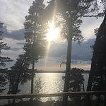 Restaurant dans magnifique parc au bord du lac et restauration digne des grands chefs