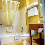 Spacious and modern bathroom with free premium Shampoo, Conditioner, Lotion & soap