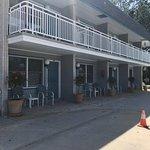Cape Harbor Motor Inn Image