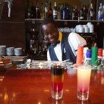GREAT, FRIENDLY Staff at the lobby bar - bartender, Wailen