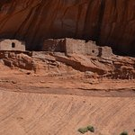 Ancient dwellings in Canyon de Chelly