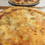 Pizzeria La Bella Italia Foto