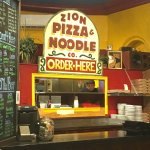 Photo de Zion Pizza & Noodle Co