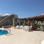 Photo de Viglia Beach Apartments
