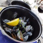 Local moules