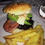 Bacon, Avo Burger