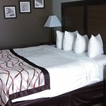 Foto de Baymont Inn & Suites Grand Haven
