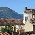 Aussicht aus dem Zimmer: Über den Dächern von Millau