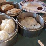 Steamed bao, glutinous rice, har gao