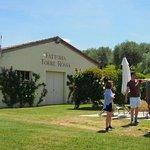 Foto de Tenuta Torre Rossa Farm & Apartments