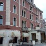 Photo de Le Boulevard Hotel