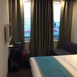 Photo de Motel One Berlin-Hauptbahnhof