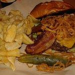 Blah - Tavern burger
