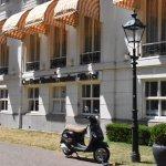 Foto de Carlton Ambassador Hotel