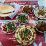 Foto van Tala Hummus and Falafel