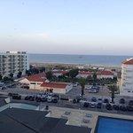 Foto de Yellow Praia Monte Gordo