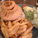 Cargo's Burger