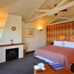 Frank, Lloyd and Wright Executive Suites