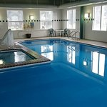 Clean pool and hot tub, open 7am to 11 pm, towels provided