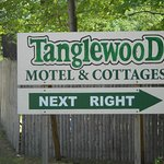 Снимок Tanglewood Motel and Cottages