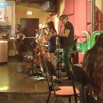 Live music: Lyn Avenue