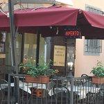 "Pisan restaurant proudly declaring ""No Pizza""!"
