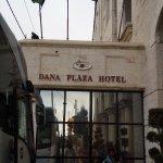 Foto de Dana Plaza Hotel