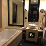 Standard bathroom with separate toilet & shower