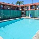 Americas Best Value Inn - Rialto Foto