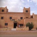 facade du Bagadad Café sur la grande route