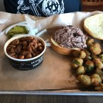 Dickey's Barbecue Pit resmi