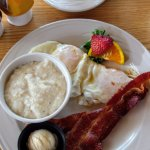 Eggs, grits, and bacon!