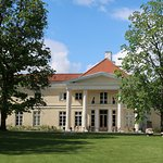 Photo of Kau Manor