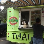 Photo de Tuk-Tuk Thai Food Truck
