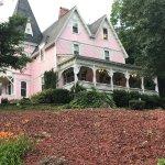 Photo de Cedar Crest Inn