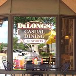 Foto de Delongs Casual Dining