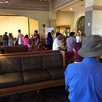 Embassy Suites by Hilton Mandalay Beach Resort Foto