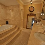Grand Tuscan Suite Bathroom