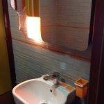 Photo de Orange Hotel