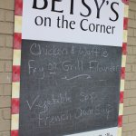 Betsy's On The Corner Foto