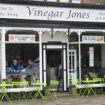 Vinegar Jones, Windermere