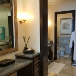 The Dressing Area (Presidential Suite)
