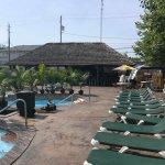 Photo de Commodore Resort
