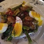 Aspargus and soft boiled egg appetizer