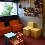 Un espace lecture accessible à tous au cour de la visite
