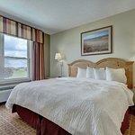 Photo de Lancaster Inn & Suites