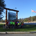 Mountain Spirit Inn Marquis Sign with Group of Bicycle Riders